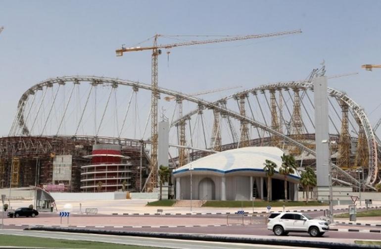 بلومبيرج: خسائر اقتصادية فادحة للإمارات والسعودية بعد قطع ...