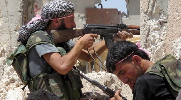 عشرات القتلى والجرحى من قوات النظام قرب تل الحمرية بريف القنيطرة