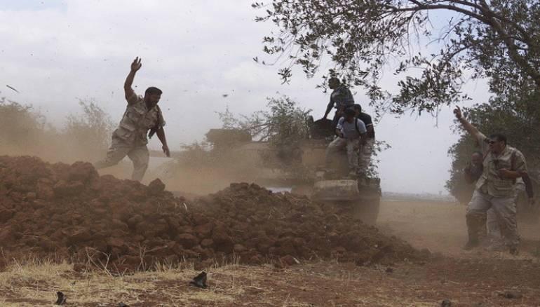 الثوار يحررون حاجز القرامطة بريف حماة بعد اشتباكات مع النظام